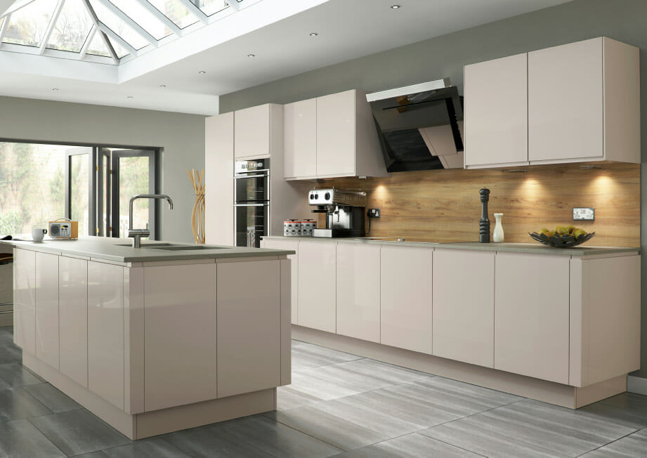 High gloss kitchens mastercraft kitchens for Kitchen ideas high gloss